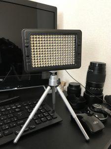 カメラライト白